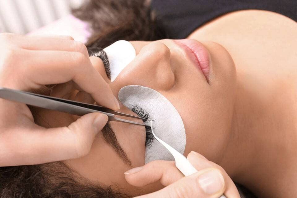 Best Places To Do Eyelash Extensions Near Me