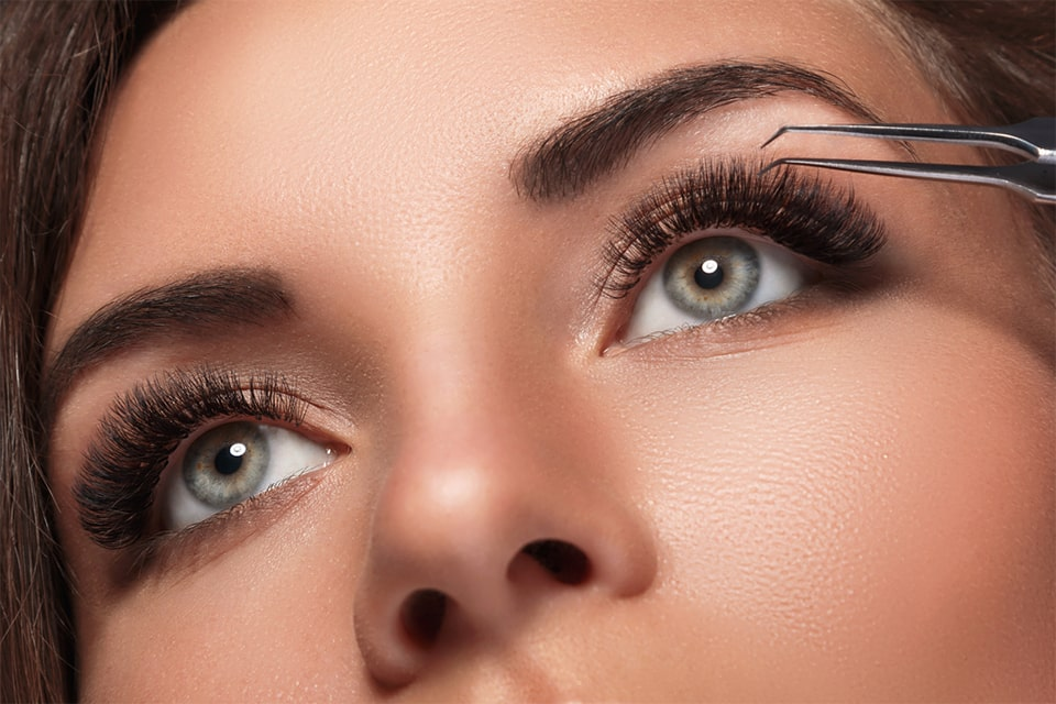 Are you a party girl? Be party-ready with Novalash eyelash extensions
